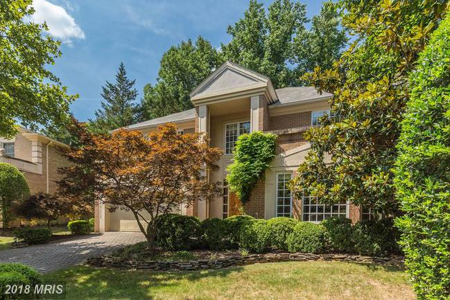 Photo of 10009 CHARTWELL MANOR CT